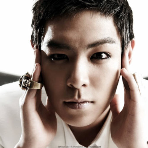 BIGBANG'den T.O.P'nin makyajlı hali