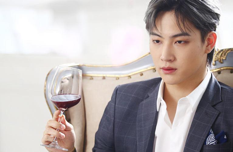 GOT7 üyesi JB hakkında bilmen gereken detaylar